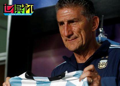 阿根廷国家队新帅巴乌萨与梅西会谈