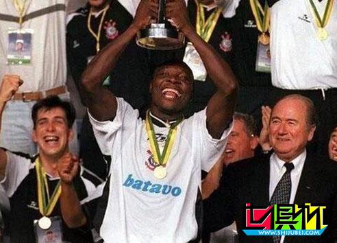 2000年首届世俱杯也是最特殊的一届世俱杯-第3张图片-世俱杯