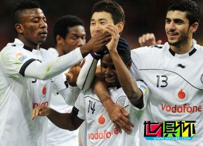 2011世俱杯-亚冠冠军2-1淘汰非洲冠军 半决赛战巴萨