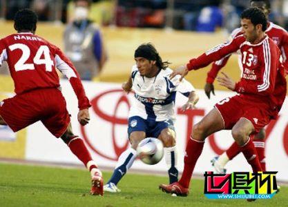 2007世俱杯第二战:萨赫尔1-0胜帕丘卡 将挑战博卡