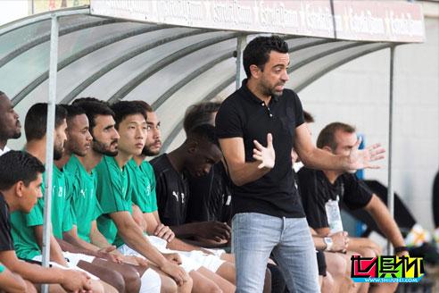 阿尔萨德主教练哈维接受采访时表示首场比赛击败大洋洲冠军