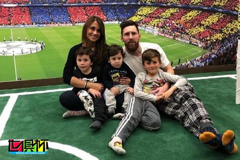 梅西33岁的生日,妻子安东内拉上传了自己与梅西亲密合照-第3张图片-世俱杯