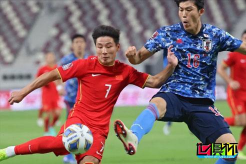 世预赛亚洲区国足0-1不敌日本队,12强赛2连败B组垫底